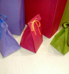 Пакет подарочный цветной