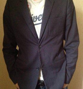 Пиджак с локтями / Доставка