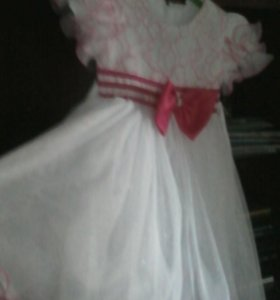 Платье на девочку 4лет