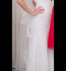Прямое,гипюровое платье