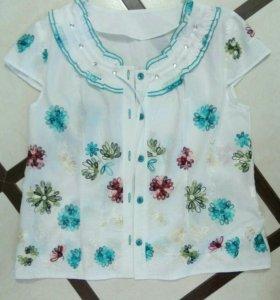 Новая Блузка рубашка с вышивкой