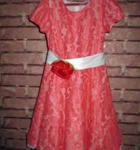 Нарядное платье (5-6 лет)