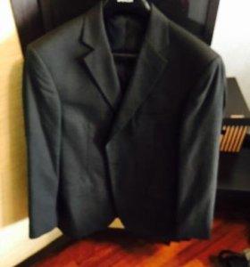 серый костюм Marks & Spencer