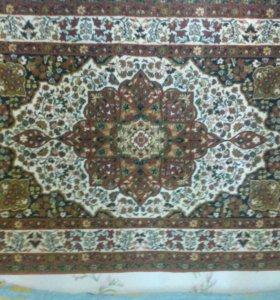 Продаю мебель ковры Б/У недорого