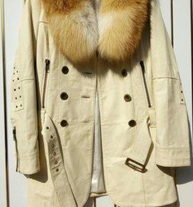 Кожаное пальто (плащ, тренч)