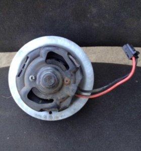 Вентилятор печки на BMW F1 б/у