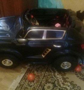 Детский автомобиль на аккумулятор.