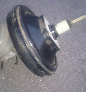 Усилитель тормозов вакуумный VW PASSAT AUDI A4/A6