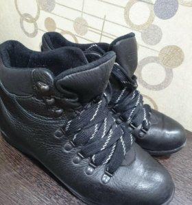 Ботинки зимние,натуральная кожа,39 р