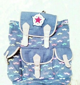 Рюкзак женский школьный.