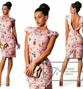 Платье легкое приятное к телу