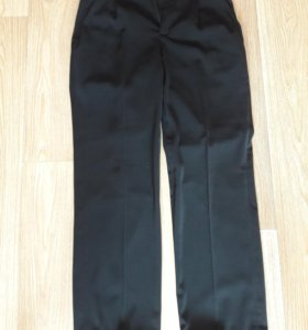 Мужские брюки. Чисто черные.