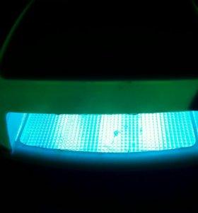 УФ лампа для геля/лака Creative Nail Design Inc