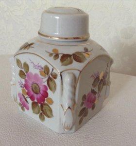 Фарфоровая баночка для хранения чая (авторская)