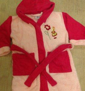 Махровый халат для девочки в бассейн