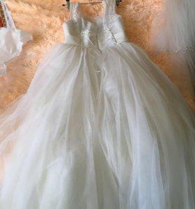 Свадебное платье, в аренду.