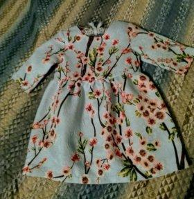 Платье новое на 4-6 лет