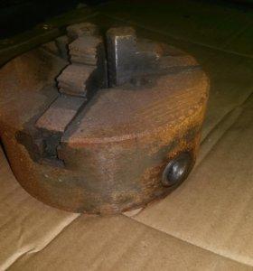 Патрон токарный трех кулачковый 160 мм