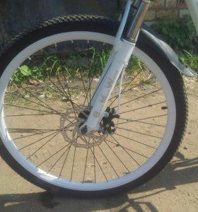 Велосипед скоростной, белый