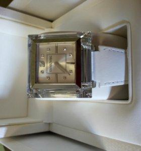Часы женские Swarovski 1047354