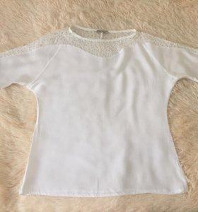 Блузка белая Serginetti