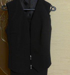 костюм (юбка и жилет)
