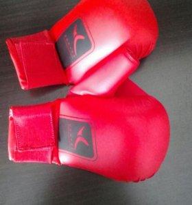 Перчатки для Кикбоксинга Domyos