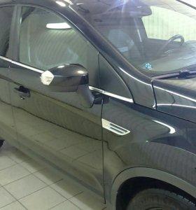 Ford Kuga 2013 г. Черная