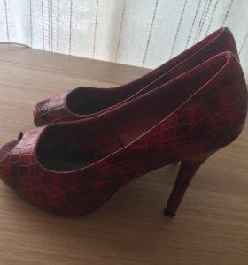 Красные туфли 37 размер