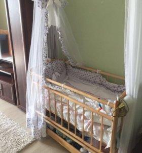 Детская кроватка-маятник. Новая!!!
