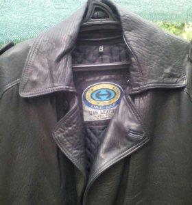 Кожанное пальто.КРУТО