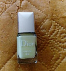 Лак для ногтей Rouge Dior Vernis