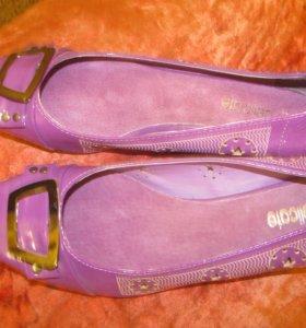 новые туфли 38р
