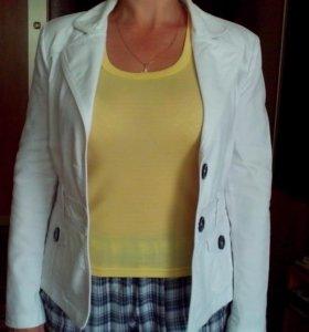 Пиджак женский р-р 42-44