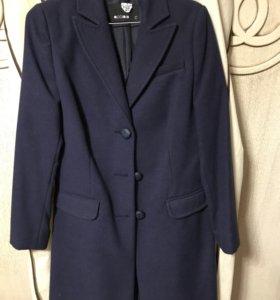 Пальто синее Италия