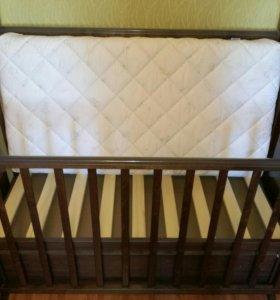 Детская кроватка (красная звезда)