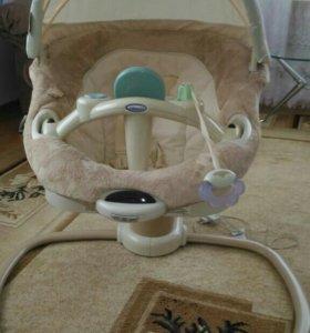 Детская электро-качалка Graco