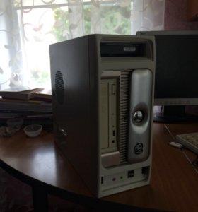 Старенький хороший компьютер