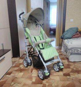 Прогулочная детская коляска.