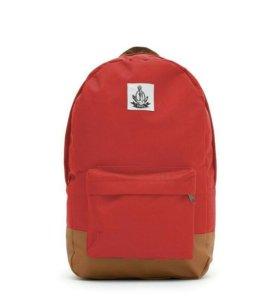 Новый рюкзак с мягкой спинкой