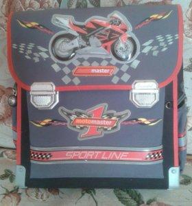 Школьный ранец для мальчика Hummingbird
