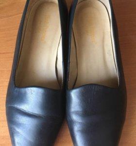 Обувь женская р.39-40