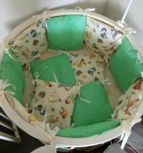 Бортики подушки для детской кроватки.