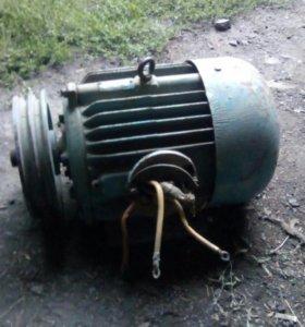 Электро -двигатель