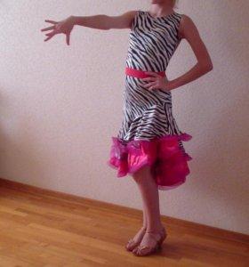 платье бальных танцев