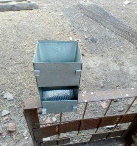 Бункерная кормушка