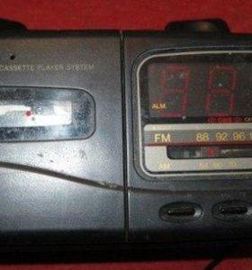 магнитола телефон электрон часы FM радио аудиоплер