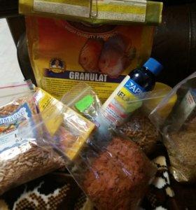 Продам корм для цихлид и лекарства