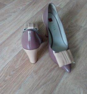 Продам туфли Holg 37размер