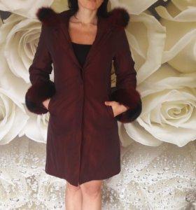 Пальто зимнее с натуральным мехом 44-46